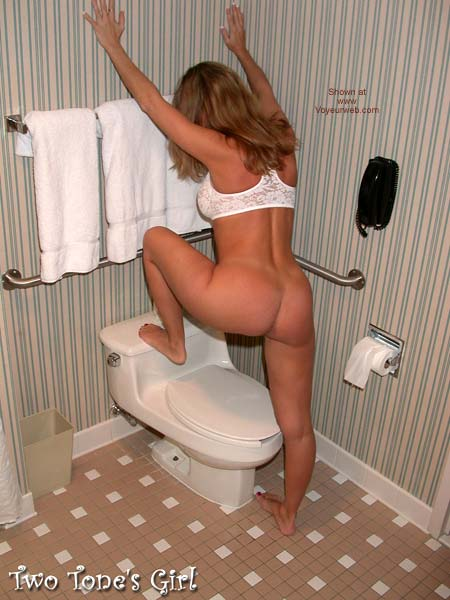 Pic #3 - Two Tone's Girl & a Toilet Seat A