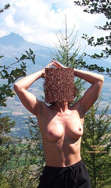 Pic #4 - Cindy A La Montagne