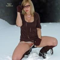 Ice Pussy - Flashing, Sunglasses