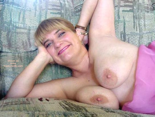 Pic #3 - Leah'S Big Breasts And Large Nipples