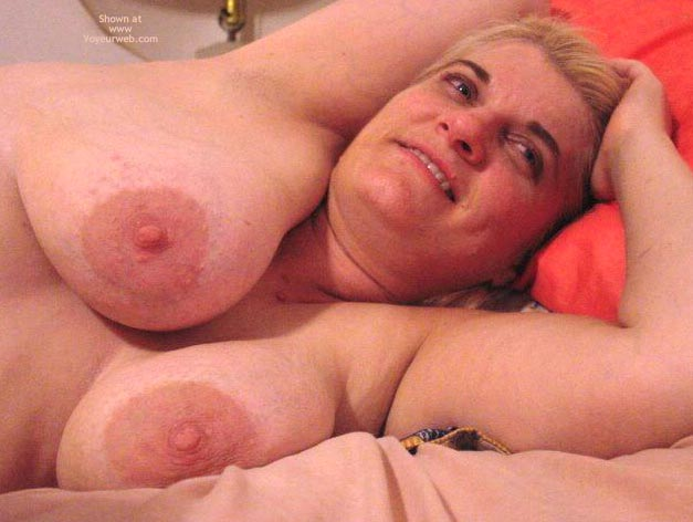 Pic #4 - Leah'S Big Breasts And Large Nipples