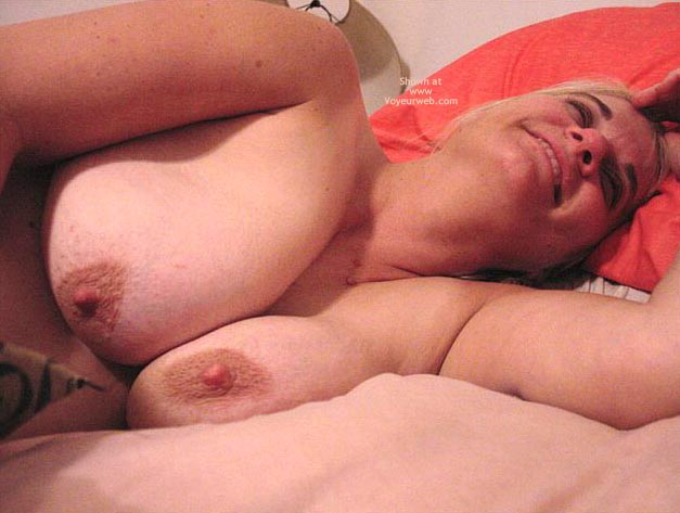 Pic #5 - Leah'S Big Breasts And Large Nipples