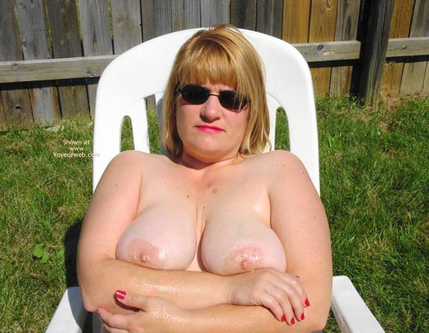 Pic #6 - Leah'S Big Breasts And Large Nipples