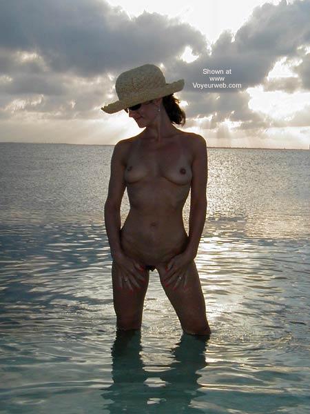 Pic #4 - Amorita at The Beach 2