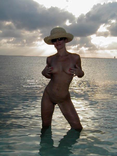 Pic #5 - Amorita at The Beach 2