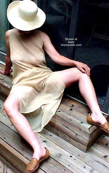 Pic #4 - Erotic Fashion in Public 50+