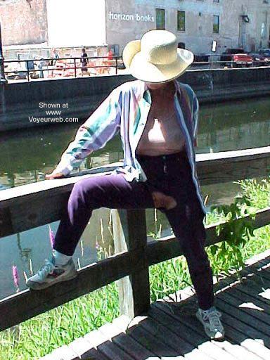 Pic #6 - Erotic Fashion in Public 50+