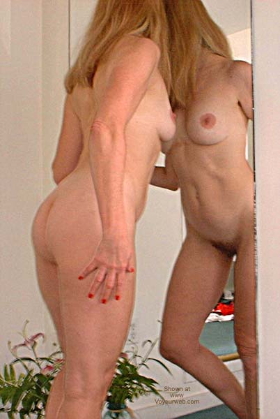 Pic #3 - Laila in Mirror 3