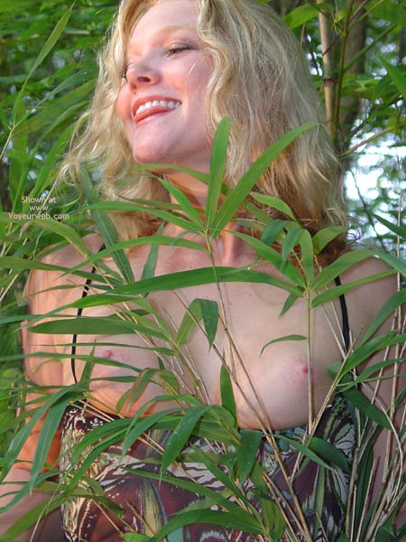 Pic #8 - Sunnybare Welcome To The Jungle 1