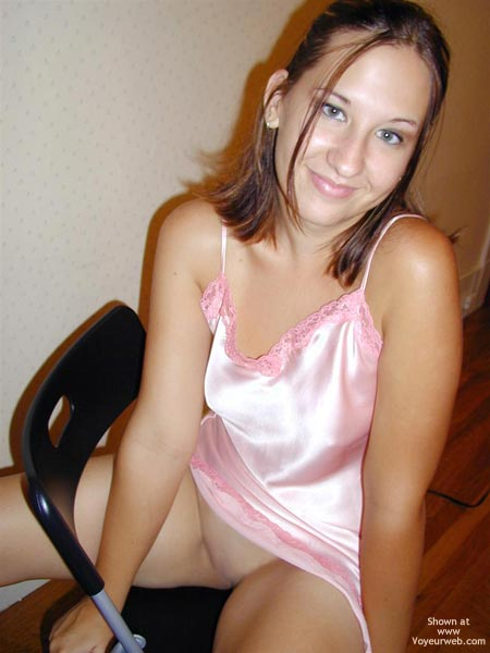 Pic #8 - Kira 19 Yo In Pink