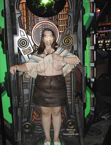 Pic #4 - Hot Stuff In Vegas