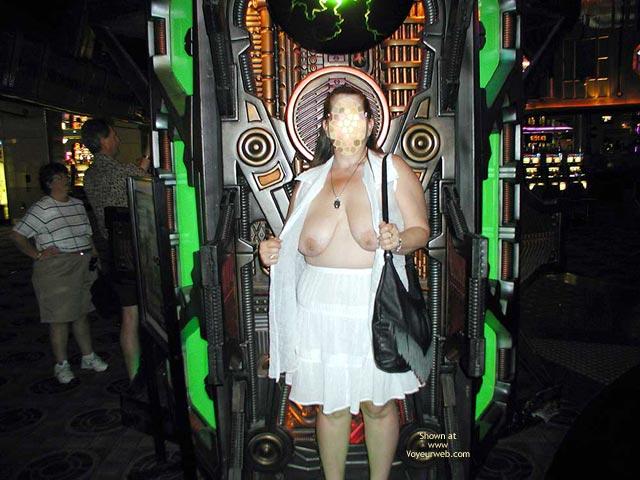 Pic #5 - Hot Stuff In Vegas