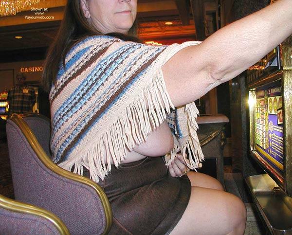 Pic #6 - Hot Stuff In Vegas