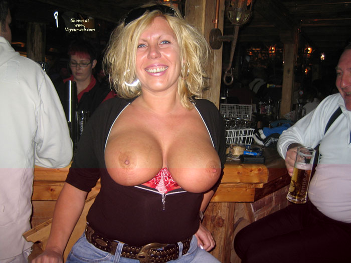 Flashing Boobs At The Bar - Big Tits, Flashing, Huge Tits, Large Breasts, Milf, Perky Nipples , Huge Nice Tits, Flashing Big Tits, Pointed Nipples, Boobs At The Pub, Jeans And Studded Belt, Public, Hot Milf, Titty Flash