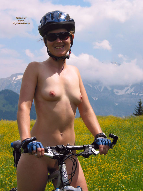 Pic #1 - Naked Girl On A Mountain Bike - Erect Nipples, Landing Strip, Small Tits, Sunglasses, Naked Girl, Nude Amateur , Girl On Bike, Nude On A Bike In A Field Of Flowers, Nude Biker In Sunglasses, Small Boobs, Extreme Biking Nude, Beautiful Smile To Camera, Sport Body, Straddling Bike Nude, Naked Riding Reigns Supreme, Bicycling Nude, Naked In Nature