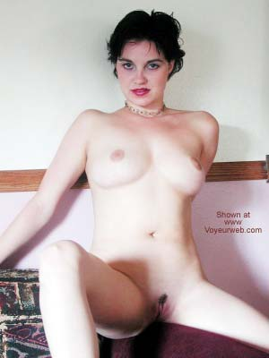 Pic #4 - Liz Nude on the Couch