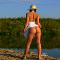 Brunette Flashing Her Ass At The Lake - Brunette Hair, Flashing Ass, Flashing, Sexy Ass