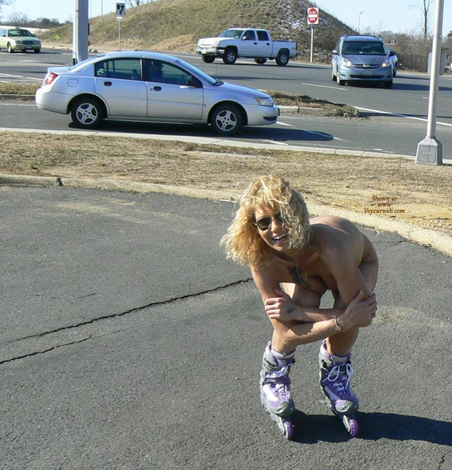 Nude Girl On Rollerblades - Blonde Hair, Nude In Public, Sunglasses, Naked Girl, Nude Amateur , Public Nudity, Crouching Nude On Rollerblades, Crouching Nude, Facing Camera, Bent Over, Naked Blonde Rollerblading, Naked Outdoors, Naked Bent Over Roller Blader With Sunglasses, Skating On Roller Blades, Naked Sports