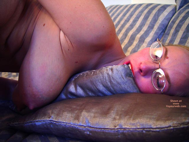 Pic #7 - Brittney Masturbates For You