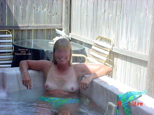Pic #6 - Sandys Pool Pics