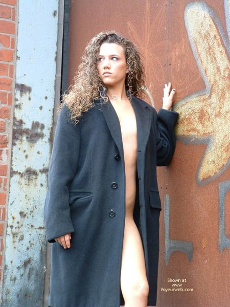Pic #1 - Teen Outdoor Flasher