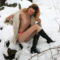 Naked In The Snow - Long Legs, Naked Girl, Nude Amateur
