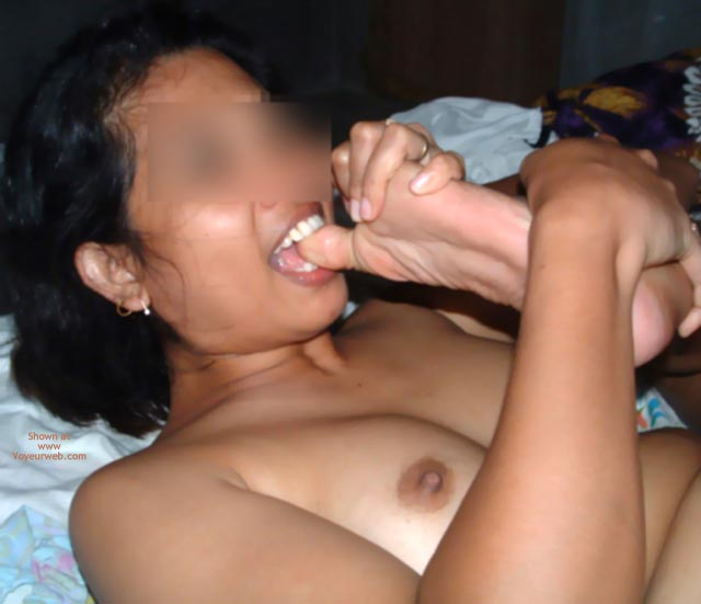 Pic #8 - Meena Pleases Her Footlover