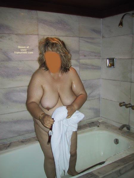 Pic #4 - Tina Bathing