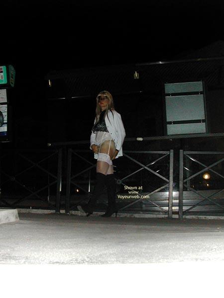 Pic #4 - Je Me Promene La Nuit