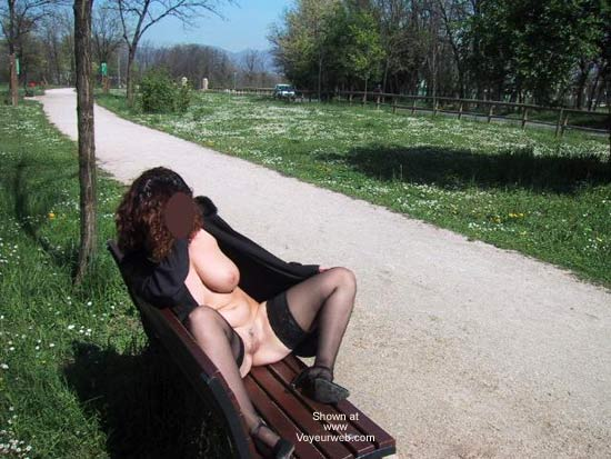 Pic #7 - Tiziana in The Park
