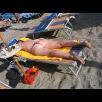 Holiday Girlfriend In Greece