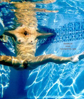 Pic #6 - Dianna Underwater 1