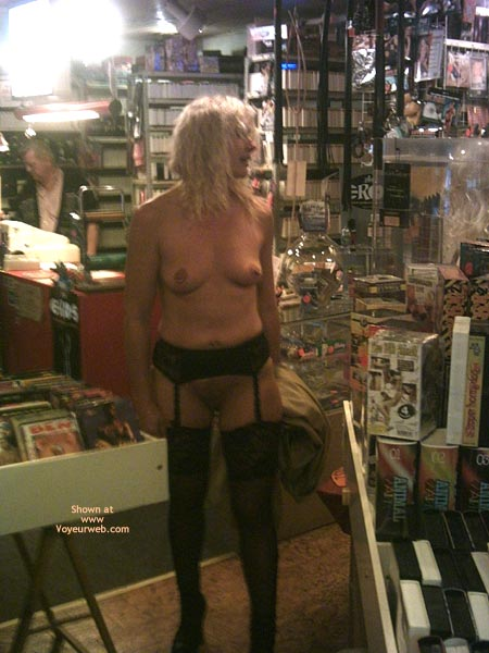 Pic #1 - *Ny Jaol In An Adult Store 1