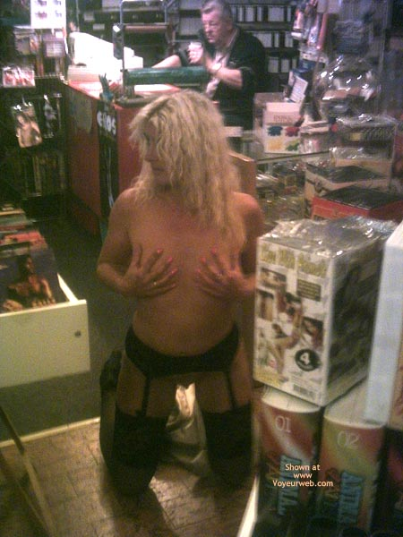 Pic #2 - *Ny Jaol In An Adult Store 1
