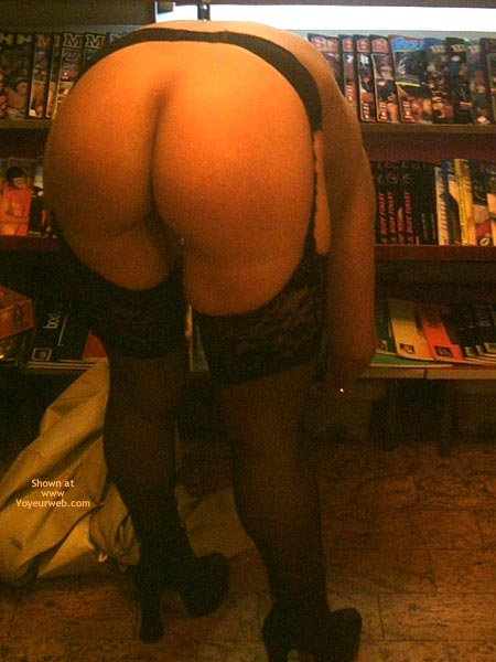 Pic #7 - *Ny Jaol In An Adult Store 1