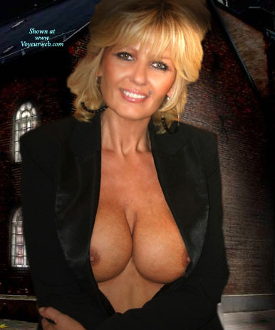 """Pic #1 - Norwegian Milf , 48 Years Young Housewife, Borned In Norway But Now Living In Sunny Spain.<br />Married But In A """"free"""" Form!"""