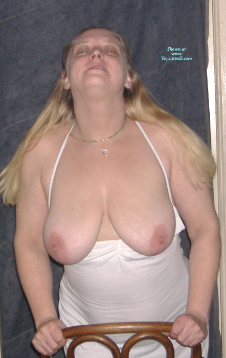Pic #1 - Sexy BBW Girlfriend , Love The Girls On Voyeur Web So I Thought To Submit My Gf. She's A Nudist And Loves To Exhibit. Leave Her Nice Comments And She Promises To Post More.