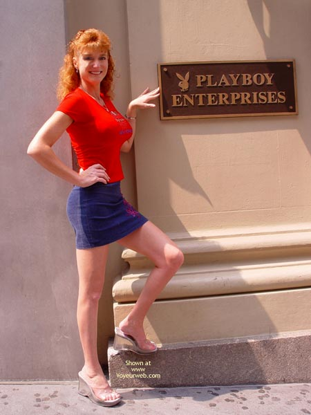 Pic #1 - Sandy Redhead Flashing In New York