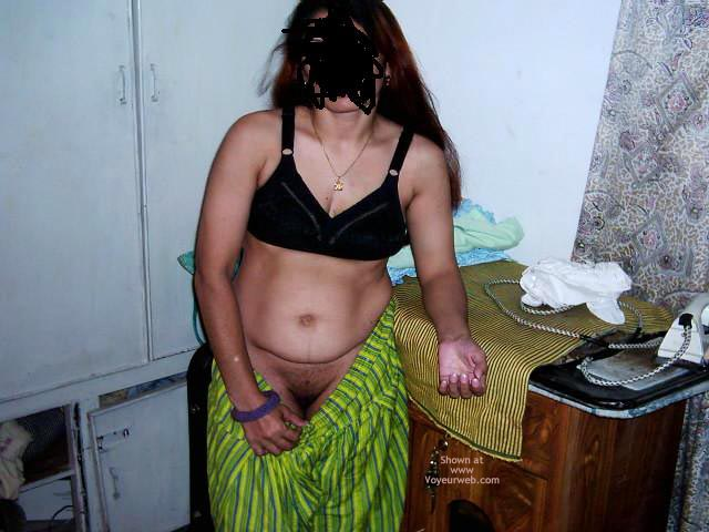 Pic #4 - Pakistani Wife
