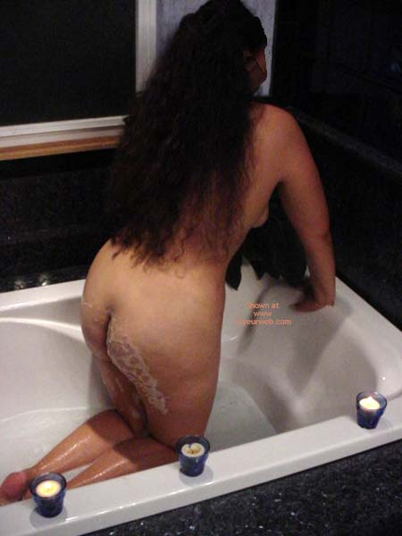 Pic #1 - Fun in The Tub