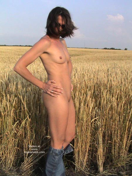 Pic #4 - Farmer's Wife Goes to Wheat Field 2