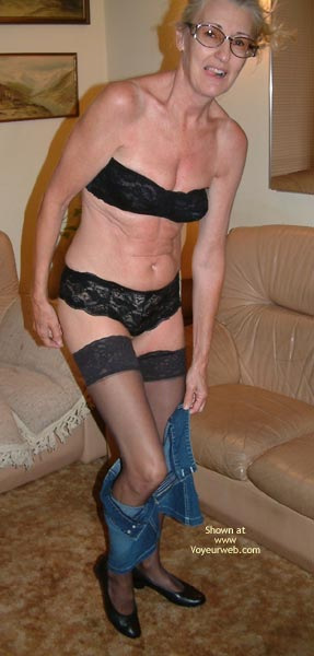 Pic #3 - Maryjane'S First Pix