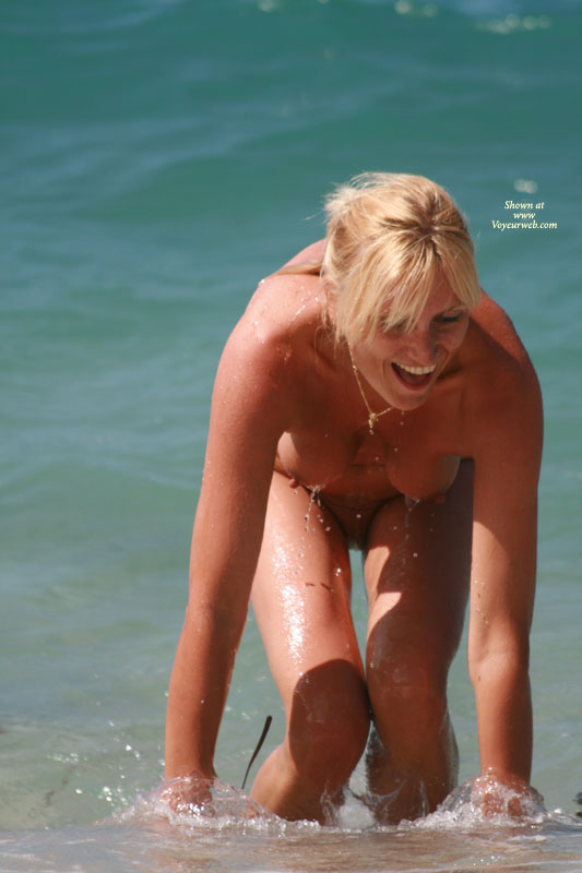 Beach Voyeur - Blonde Hair, Topless Beach, Beach Tits, Beach Voyeur, Naked Girl, Nude Amateur , Tits Hanging Down, Dangling Tits With Erect Nipples, Bending Over Smiling, Dripping Wet, Playing In Water, Pulled Back Blonde Hair, Tits Dripping, Wet Beach Body, Playing On The Beach, Nude In Ocean