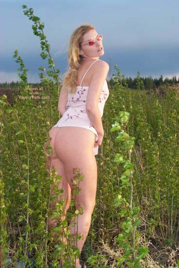 Pic #1 - KCat - The Farmer's Daughter