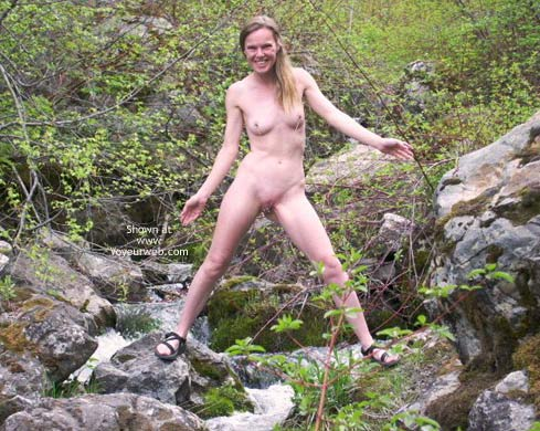 Pic #4 - Lacy Chains Naked in The Forest 3