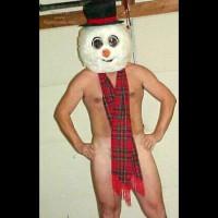 M* Mystery Snowman For Da Island