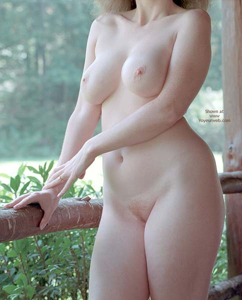 Pic #6 - English Wife Golden Shade 2