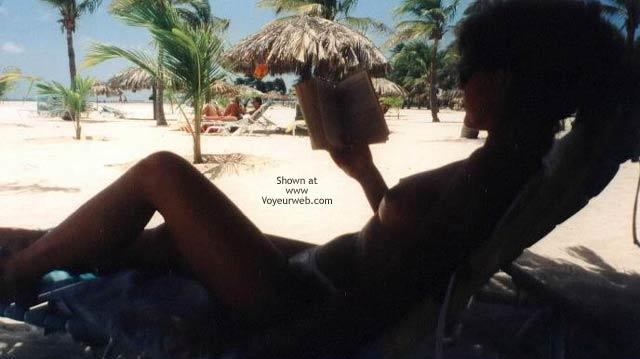 Pic #2 - Hot 43 yo Wife in Aruba