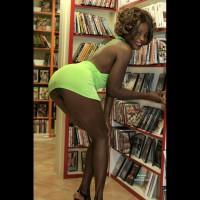 Malika Gives A Blowjob In The Sexshop