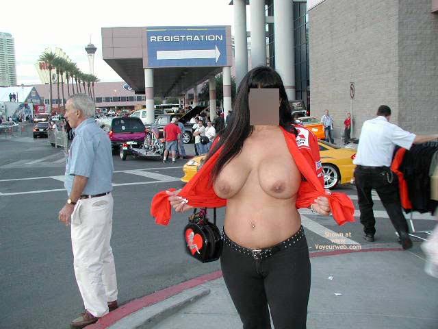 Pic #8 - Nikka Exposed In Sin City